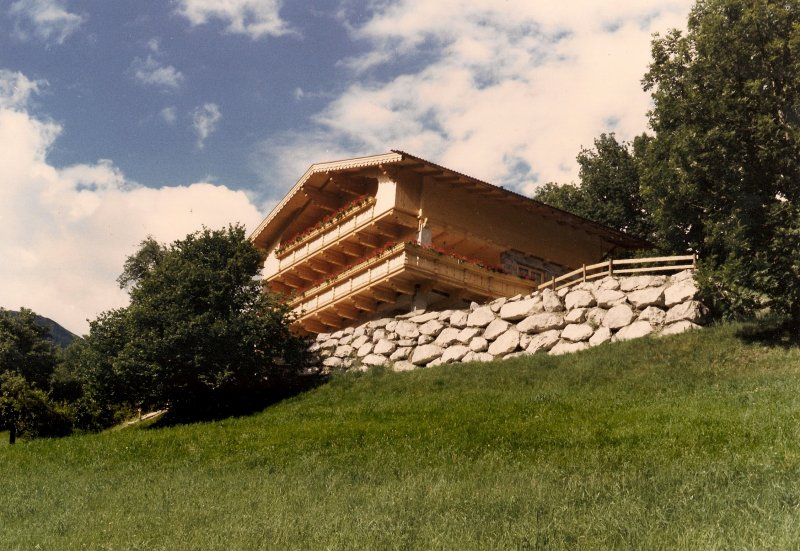 Nebengebäude mit Ferienwohnung